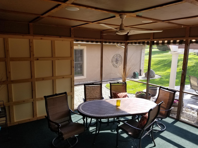 N78W37508 Tamarack Dr, Oconomowoc, Wisconsin 53066, 5 Bedrooms Bedrooms, 15 Rooms Rooms,4 BathroomsBathrooms,Single-Family,For Sale,Tamarack Dr,1615775