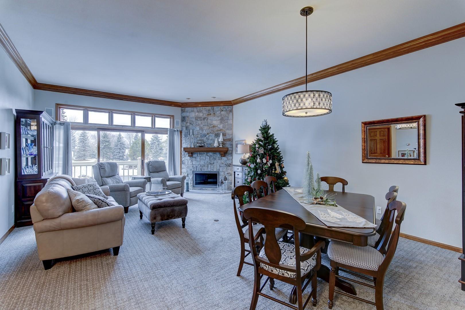 N14W30186 High Ridge Rd, Delafield, Wisconsin 53072, 4 Bedrooms Bedrooms, 10 Rooms Rooms,2 BathroomsBathrooms,Condominiums,For Sale,High Ridge Rd,1,1616118