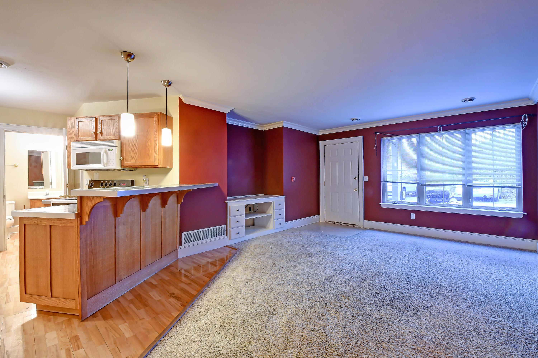200 James St, Slinger, Wisconsin 53086, 2 Bedrooms Bedrooms, 5 Rooms Rooms,1 BathroomBathrooms,Condominiums,For Sale,James St,1,1616412