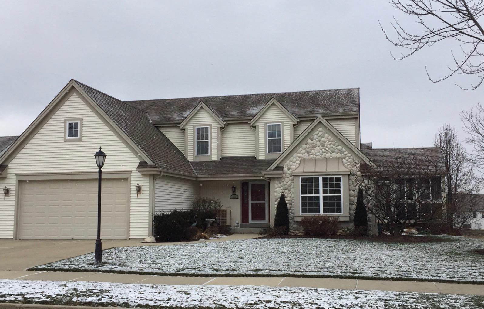 1632 Auburn Ct, Waukesha, Wisconsin 53189, 4 Bedrooms Bedrooms, ,3 BathroomsBathrooms,Single-Family,For Sale,Auburn Ct,1616502