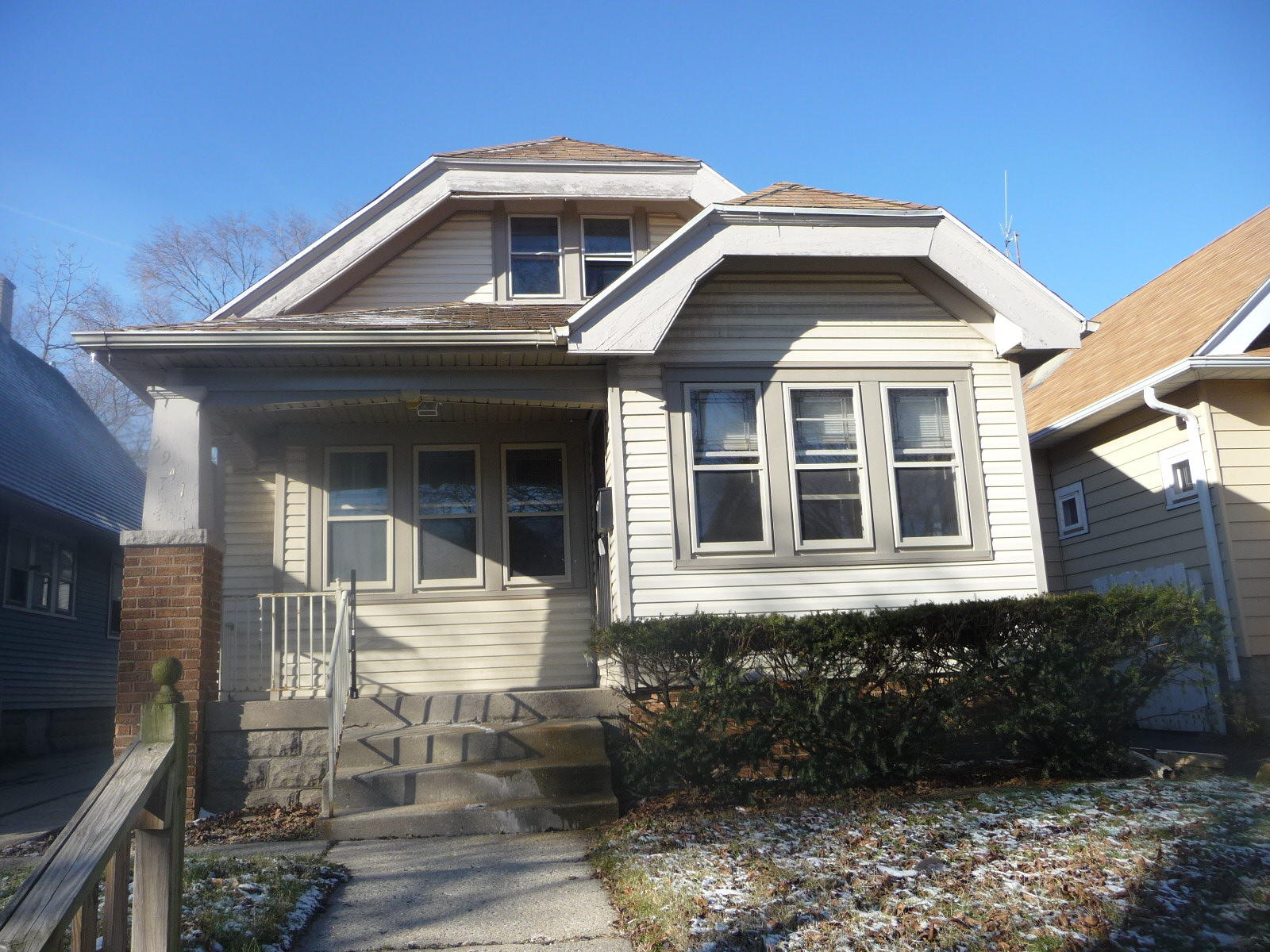 2941 59TH ST, Milwaukee, Wisconsin 53210, 3 Bedrooms Bedrooms, 8 Rooms Rooms,2 BathroomsBathrooms,Single-Family,For Sale,59TH ST,1616408