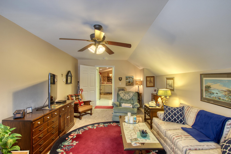N30W23035 Pineview Cir, Pewaukee, Wisconsin 53072, 2 Bedrooms Bedrooms, ,2 BathroomsBathrooms,Condominiums,For Sale,Pineview Cir,2,1617988