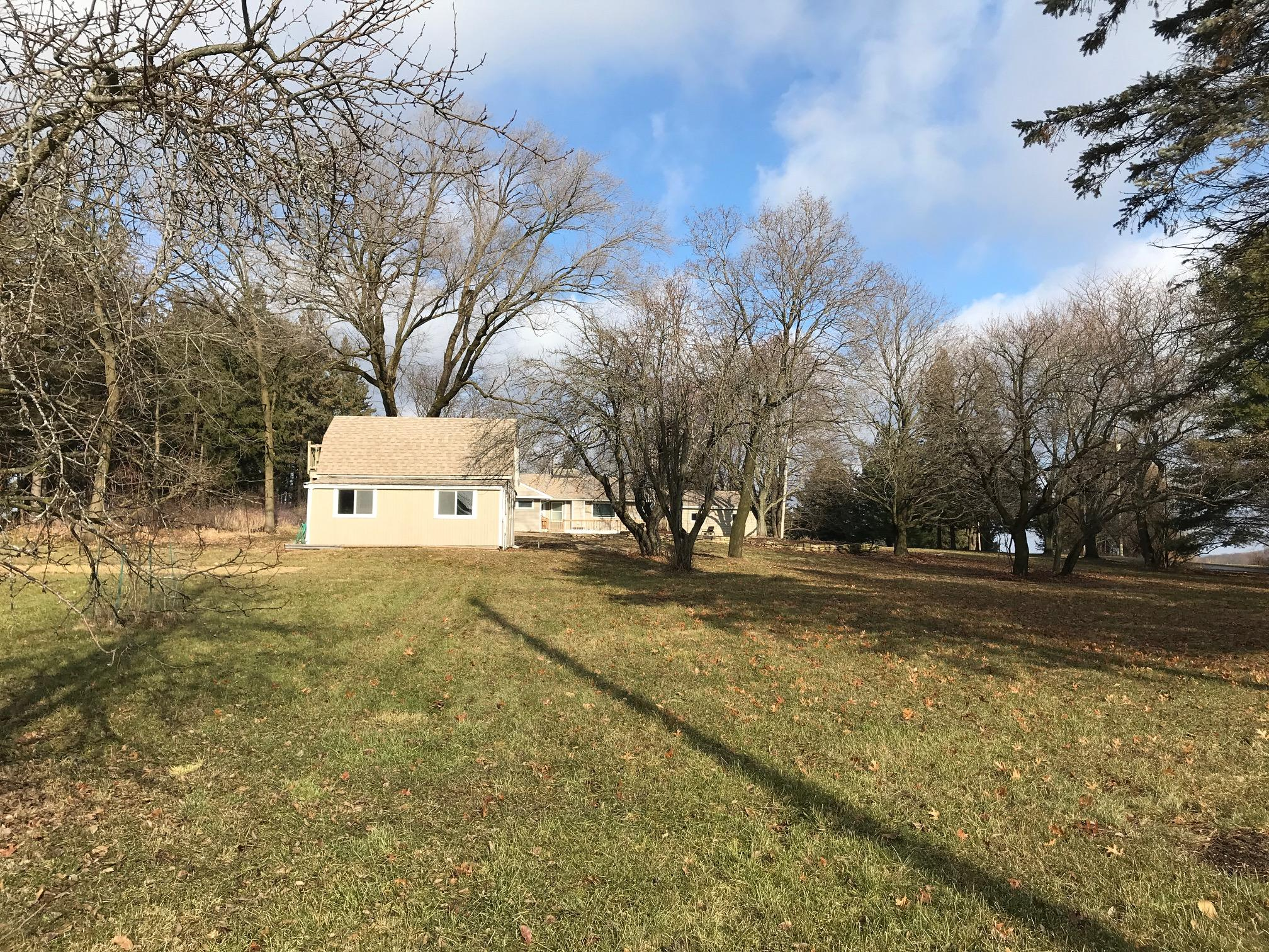 N5W29158 Venture Hill Rd, Delafield, Wisconsin 53188, 3 Bedrooms Bedrooms, ,2 BathroomsBathrooms,Single-Family,For Sale,Venture Hill Rd,1614437