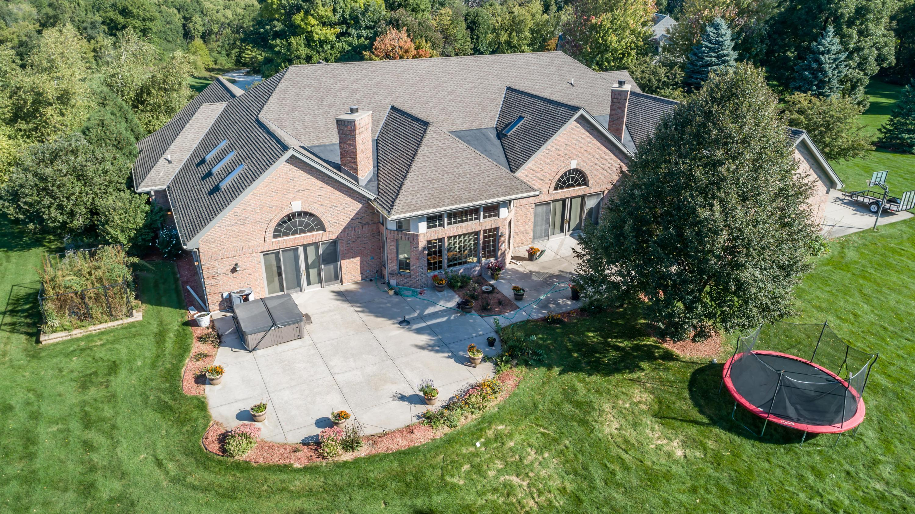W283N3660 Yorkshire Trace, Delafield, Wisconsin 53072, 4 Bedrooms Bedrooms, 14 Rooms Rooms,3 BathroomsBathrooms,Single-Family,For Sale,Yorkshire Trace,1619093
