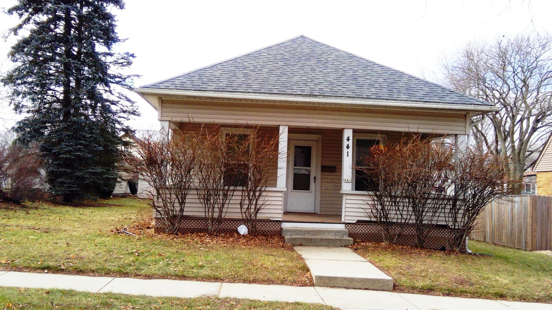 441 Perkins Blvd, Burlington, Wisconsin 53105, 2 Bedrooms Bedrooms, ,1 BathroomBathrooms,Single-Family,For Sale,Perkins Blvd,1619162