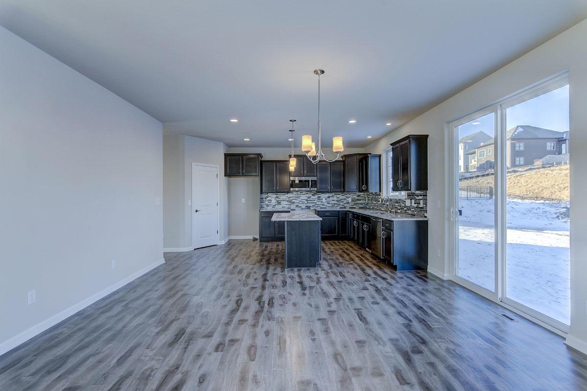 3634 Howell Oaks Dr, Waukesha, Wisconsin 53188, 4 Bedrooms Bedrooms, 7 Rooms Rooms,2 BathroomsBathrooms,Single-Family,For Sale,Howell Oaks Dr,1619179