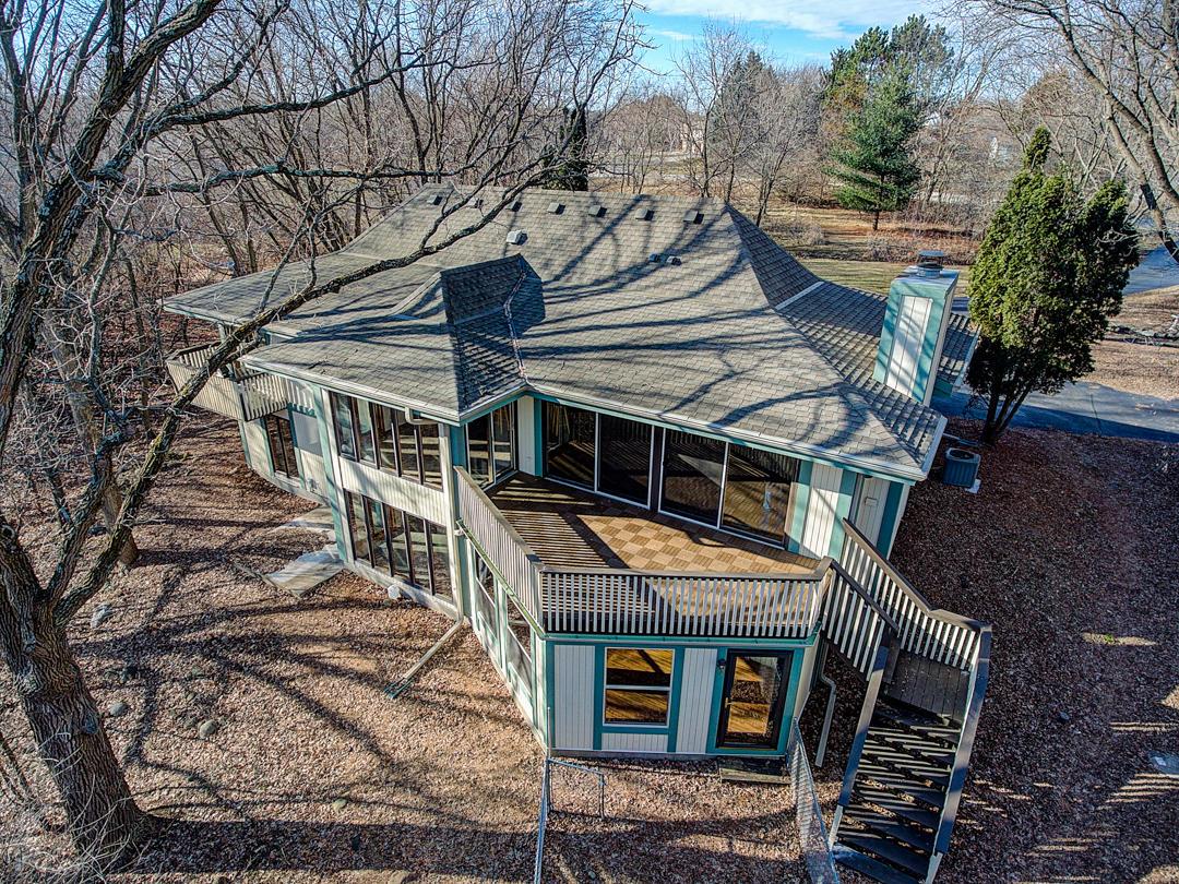 N3W31717 Twin Oaks Dr, Delafield, Wisconsin 53018, 5 Bedrooms Bedrooms, ,4 BathroomsBathrooms,Single-Family,For Sale,Twin Oaks Dr,1619573