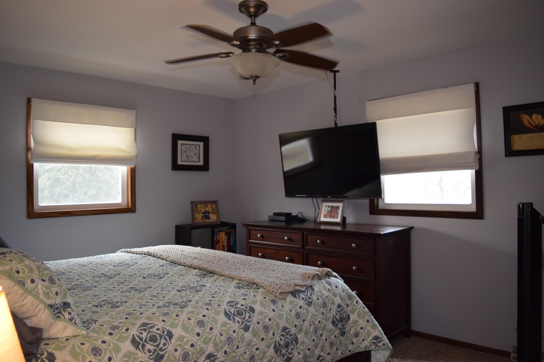 200 Oregon St, Racine, Wisconsin 53405, 3 Bedrooms Bedrooms, 7 Rooms Rooms,2 BathroomsBathrooms,Single-Family,For Sale,Oregon St,1619259