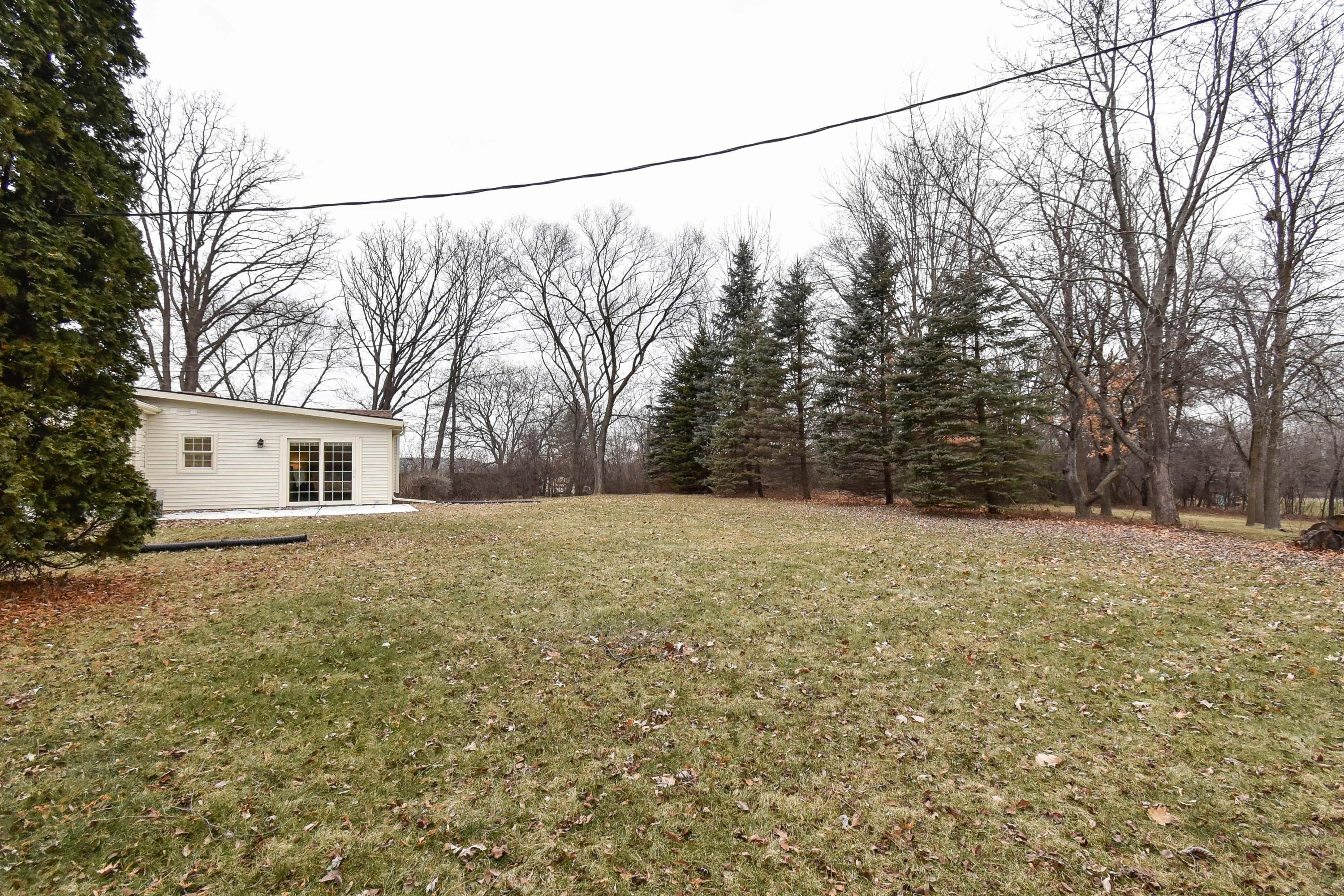 13560 Hope St, Brookfield, Wisconsin 53005, 4 Bedrooms Bedrooms, ,2 BathroomsBathrooms,Single-Family,For Sale,Hope St,1619264