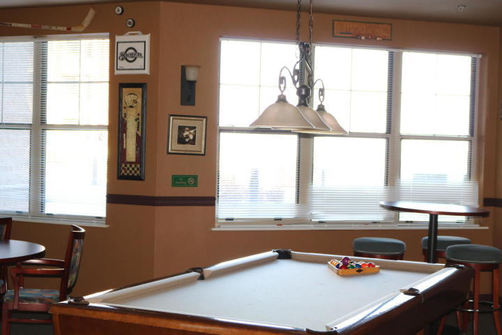 4130 Lake Dr, Saint Francis, Wisconsin 53235, 1 Bedroom Bedrooms, ,1 BathroomBathrooms,Condominiums,For Sale,Lake Dr,3,1619263