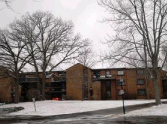 4215 100th St, Milwaukee, Wisconsin 53222, 1 Bedroom Bedrooms, ,1 BathroomBathrooms,Condominiums,For Sale,100th St,3,1619515