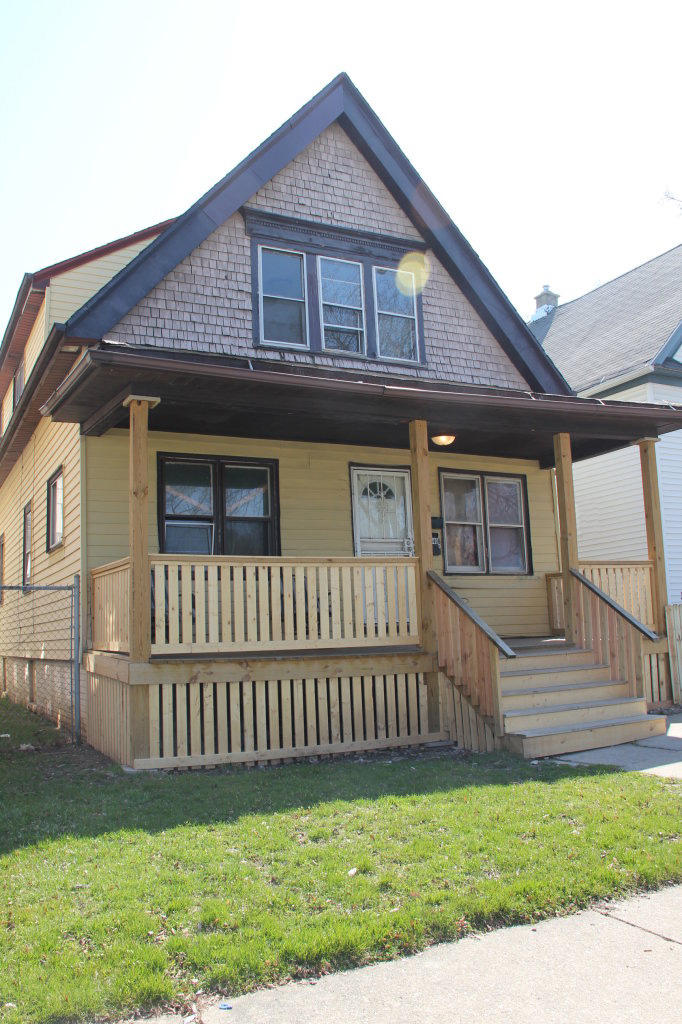 3408 18th St, Milwaukee, Wisconsin 53206, 2 Bedrooms Bedrooms, 4 Rooms Rooms,1 BathroomBathrooms,Two-Family,For Sale,18th St,1,1619111