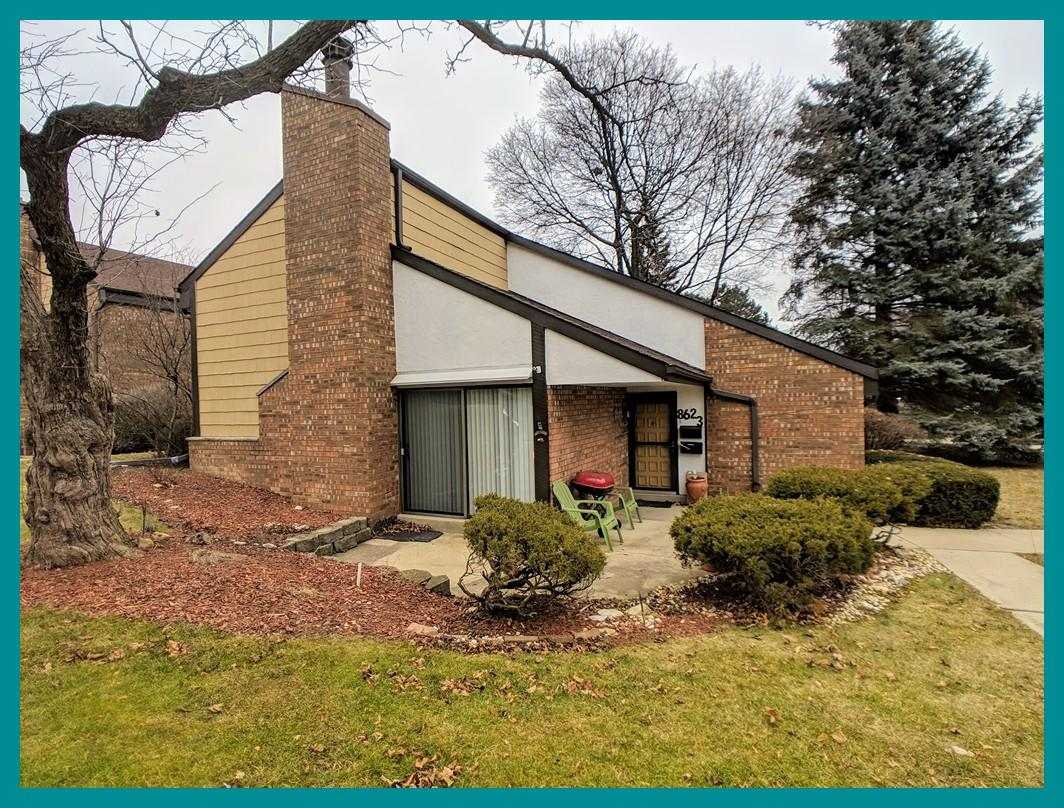 8623 Servite Dr, Milwaukee, Wisconsin 53223, 2 Bedrooms Bedrooms, 5 Rooms Rooms,1 BathroomBathrooms,Condominiums,For Sale,Servite Dr,1,1619628