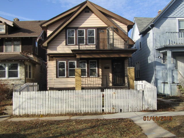 5245 36TH ST #A, Milwaukee, Wisconsin 53209, 2 Bedrooms Bedrooms, 6 Rooms Rooms,1 BathroomBathrooms,Two-Family,For Sale,36TH ST #A,1,1619647