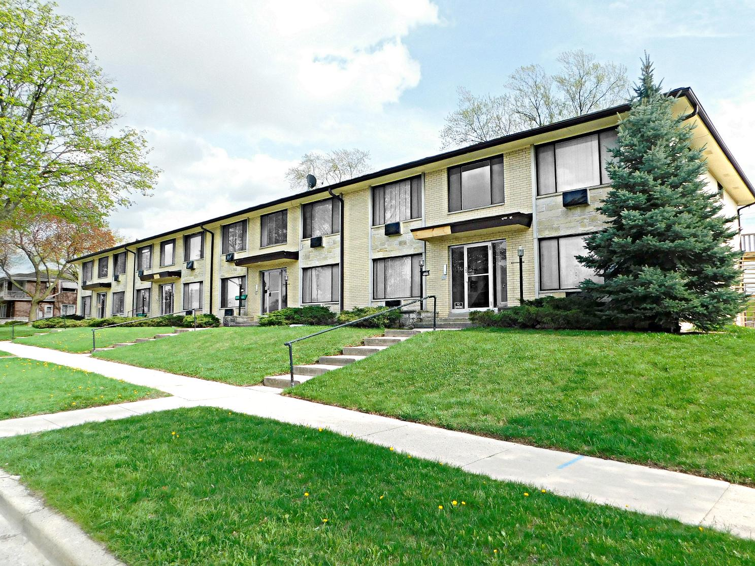 9101-9119 Congress St, Milwaukee, Wisconsin 53225, ,Multi-Family Investment,For Sale,Congress St,1619769