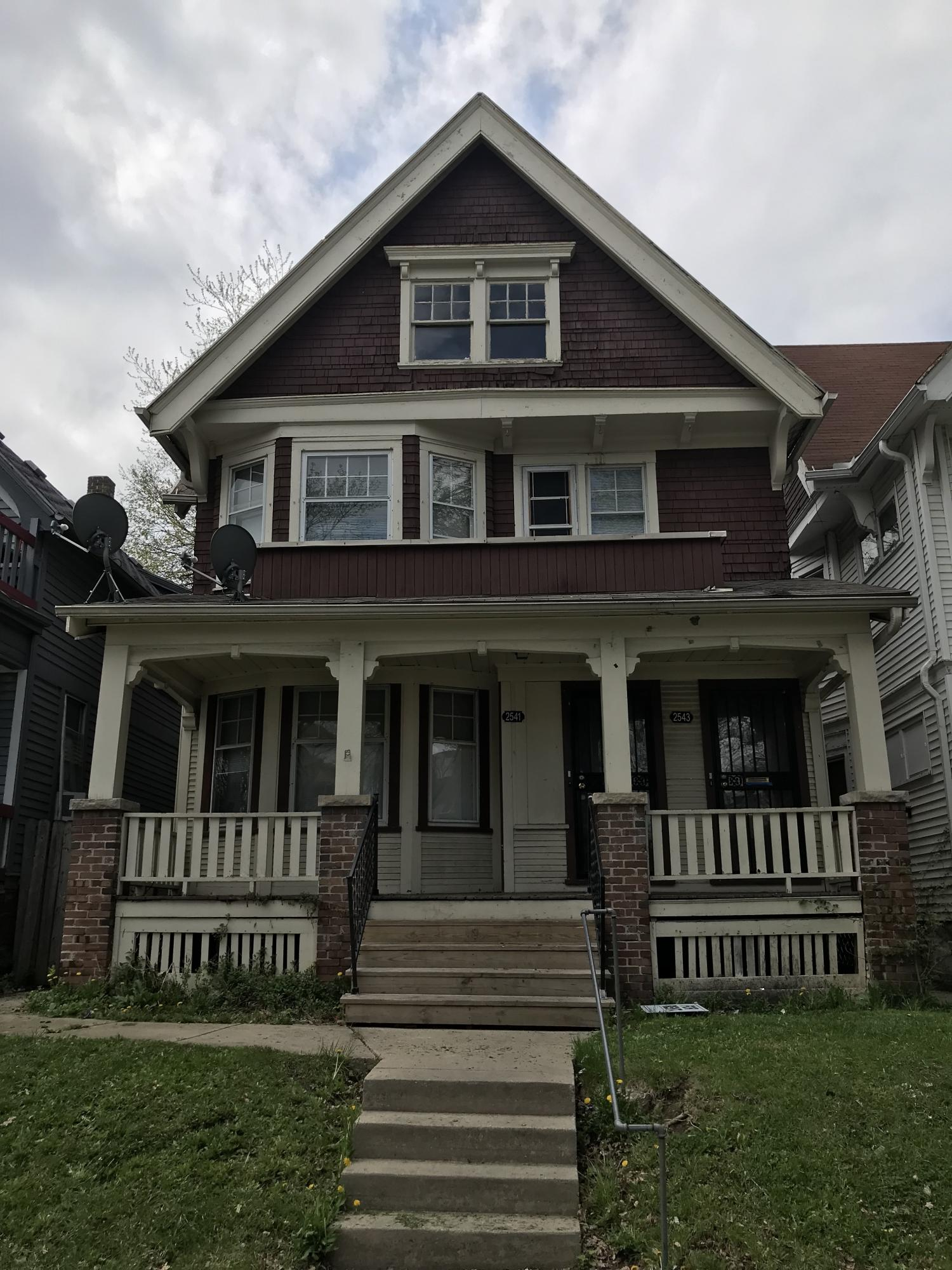 2541 38th St, Milwaukee, Wisconsin 53210, 2 Bedrooms Bedrooms, 5 Rooms Rooms,1 BathroomBathrooms,Two-Family,For Sale,38th St,1,1619854