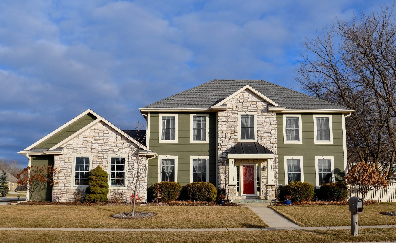 1297 Niagara Rd, Oconomowoc, Wisconsin 53066, 4 Bedrooms Bedrooms, 9 Rooms Rooms,3 BathroomsBathrooms,Single-Family,For Sale,Niagara Rd,1620006