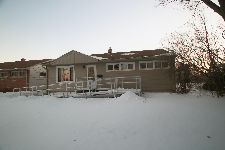 5315 Van Beck Ave, Milwaukee, Wisconsin 53220, 3 Bedrooms Bedrooms, 5 Rooms Rooms,1 BathroomBathrooms,Single-Family,For Sale,Van Beck Ave,1620399