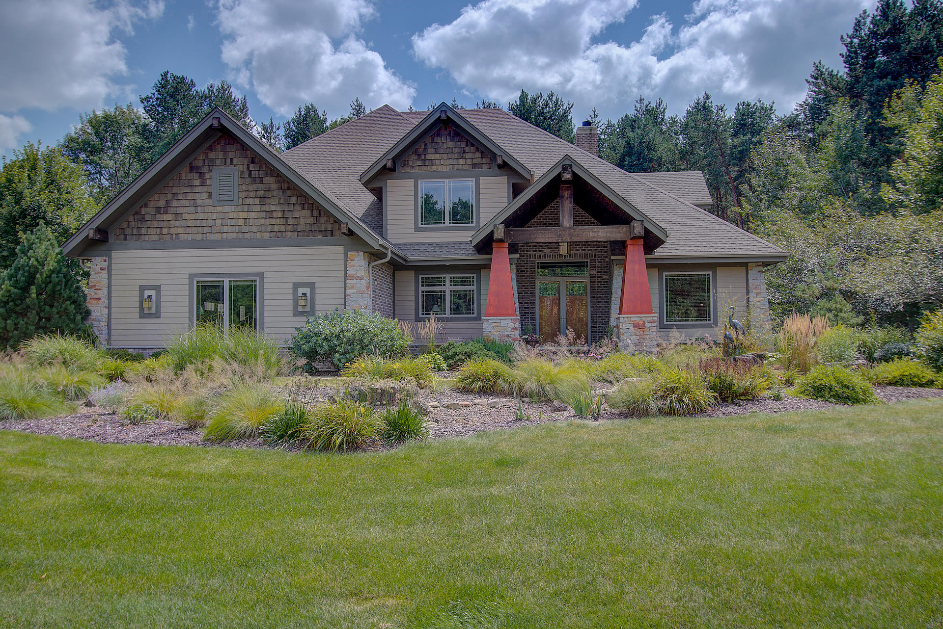 2400 Faire Lakes Pkwy, Delafield, Wisconsin 53029, 4 Bedrooms Bedrooms, 9 Rooms Rooms,3 BathroomsBathrooms,Single-Family,For Sale,Faire Lakes Pkwy,1620319