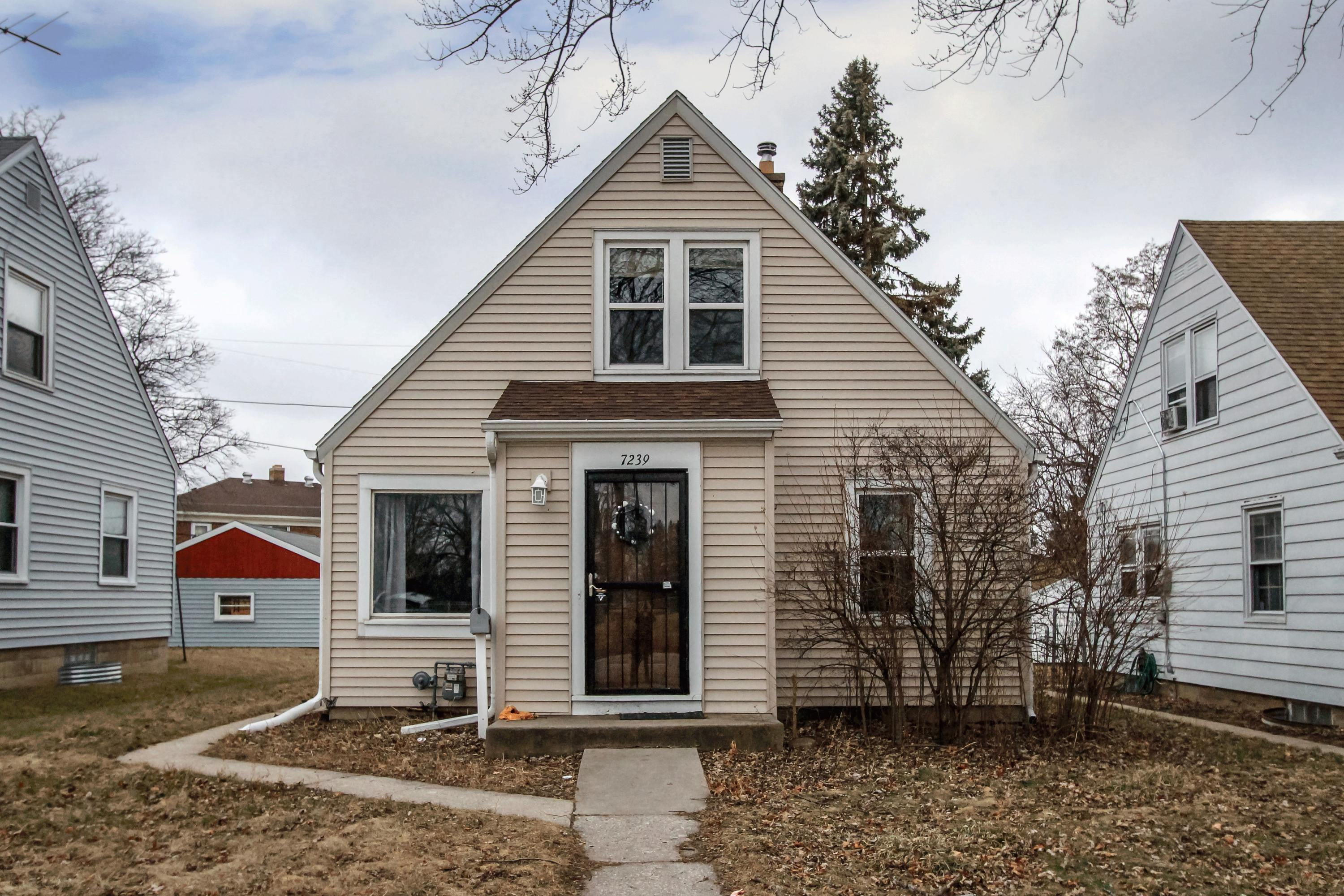 7239 Lisbon Ave, Milwaukee, Wisconsin 53216, 3 Bedrooms Bedrooms, 6 Rooms Rooms,1 BathroomBathrooms,Single-Family,For Sale,Lisbon Ave,1620362