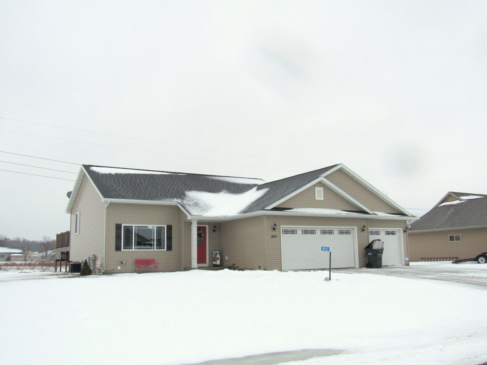 W2163 Tim Dr, Brillion, Wisconsin 54110, 3 Bedrooms Bedrooms, ,2 BathroomsBathrooms,Single-Family,For Sale,Tim Dr,1620365