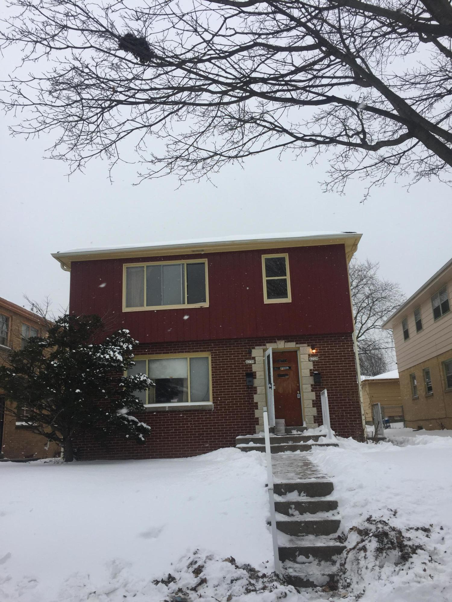 4228 68th St, Milwaukee, Wisconsin 53216, 3 Bedrooms Bedrooms, 6 Rooms Rooms,1 BathroomBathrooms,Two-Family,For Sale,68th St,1,1620427