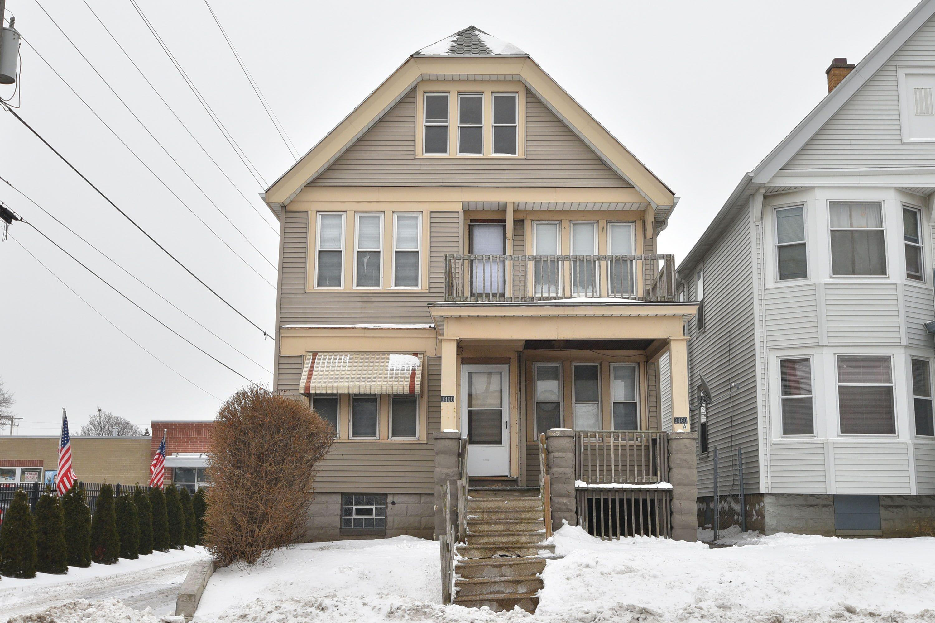 3460 Holton St, Milwaukee, Wisconsin 53212, 2 Bedrooms Bedrooms, 5 Rooms Rooms,1 BathroomBathrooms,Two-Family,For Sale,Holton St,1,1620460
