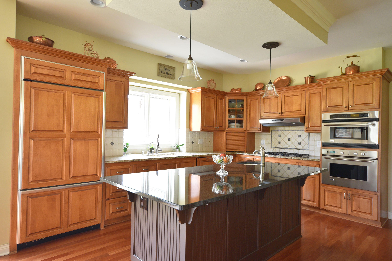 1140 Leon Ter, Brookfield, Wisconsin 53005, 5 Bedrooms Bedrooms, 11 Rooms Rooms,3 BathroomsBathrooms,Single-Family,For Sale,Leon Ter,1621170