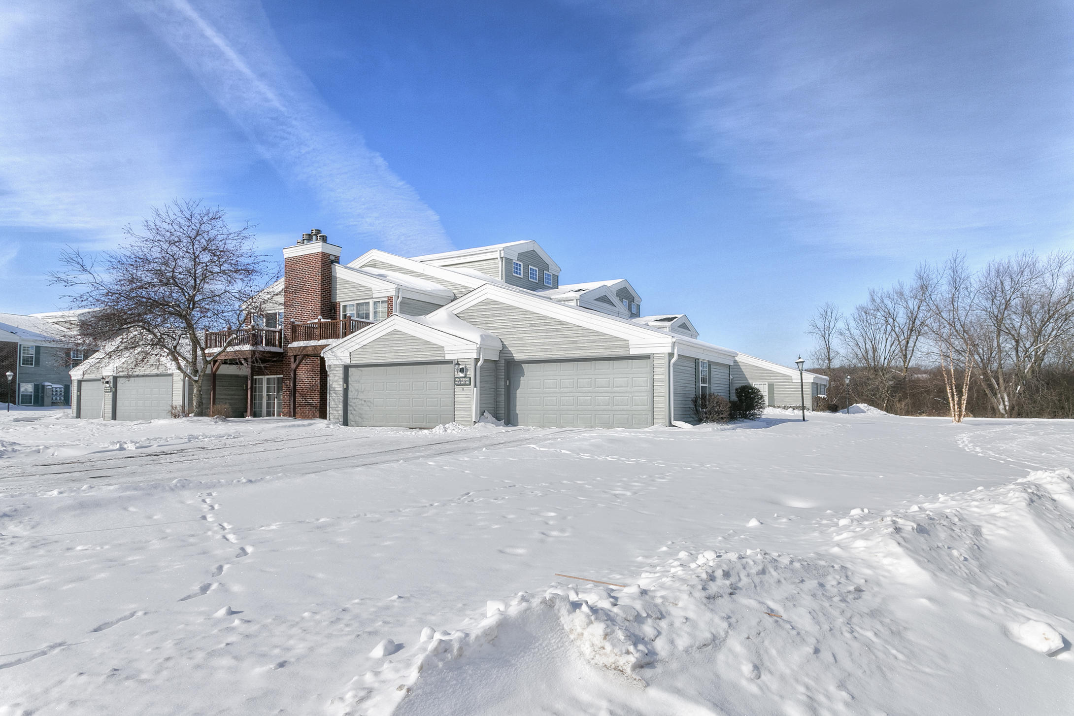 N16W26561 Wild Oats Dr, Pewaukee, Wisconsin 53072, 2 Bedrooms Bedrooms, 5 Rooms Rooms,2 BathroomsBathrooms,Condominiums,For Sale,Wild Oats Dr,1,1620328