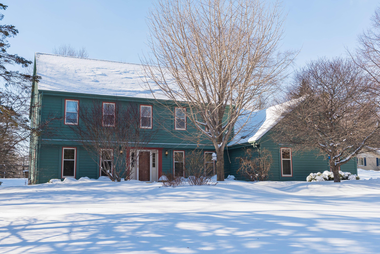 12845 N West Shoreland Dr Mequon, WI 53097 Property Image