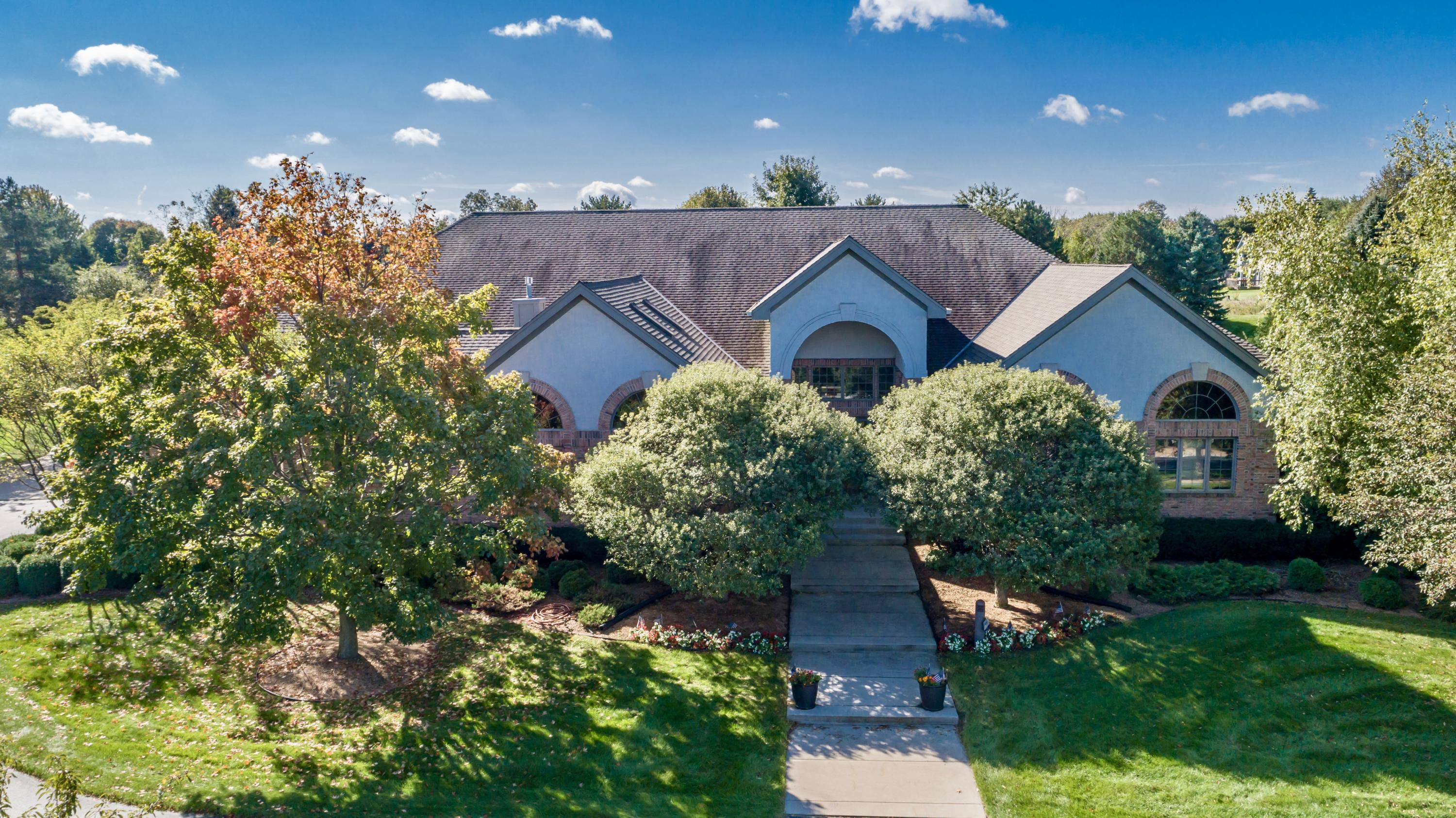 W283N3660 Yorkshire Trce, Delafield, Wisconsin 53072, 4 Bedrooms Bedrooms, ,3 BathroomsBathrooms,Single-Family,For Sale,Yorkshire Trce,1621457
