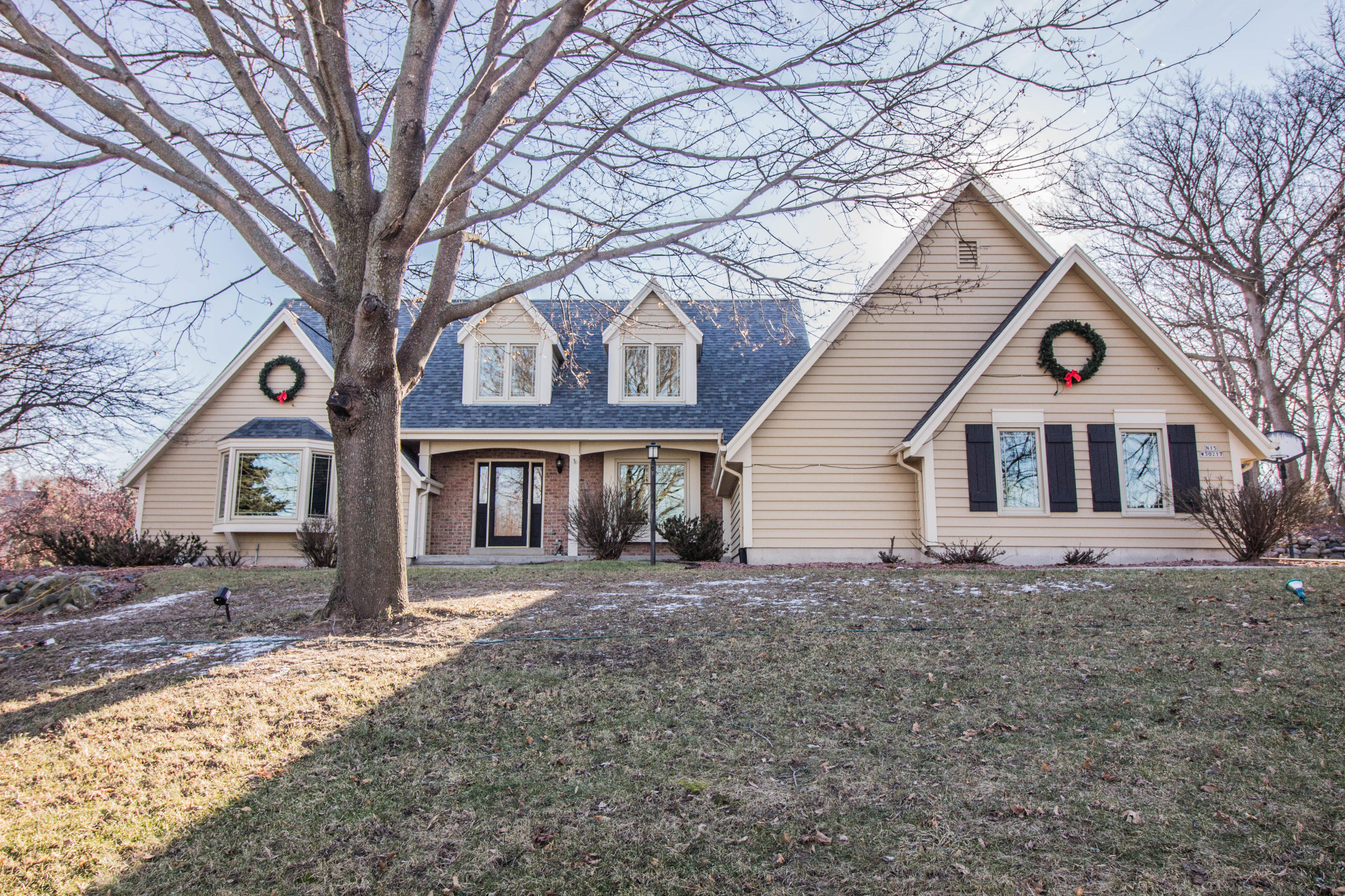 N15W30217 Timberbrook Rd, Delafield, Wisconsin 53072, 4 Bedrooms Bedrooms, 10 Rooms Rooms,4 BathroomsBathrooms,Single-Family,For Sale,Timberbrook Rd,1621595