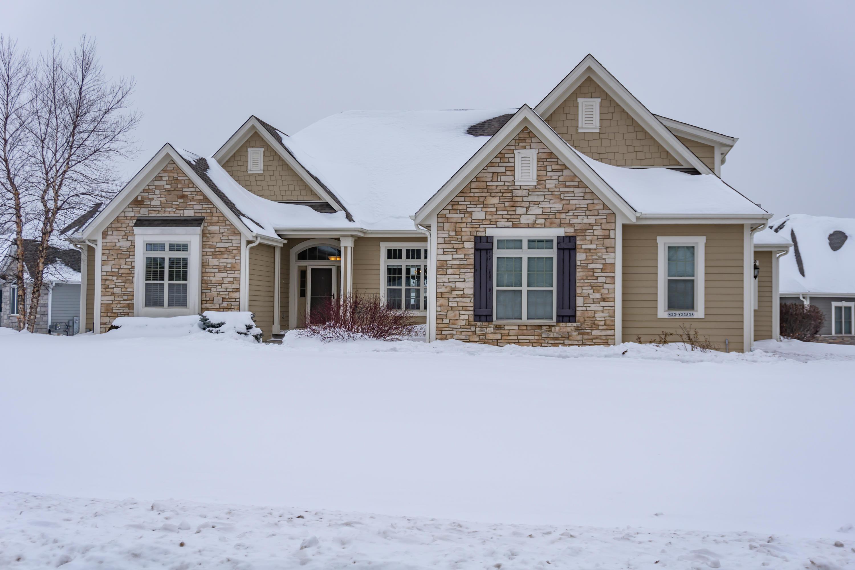 N23W23838 Talon Ct, Pewaukee, Wisconsin 53188, 5 Bedrooms Bedrooms, 11 Rooms Rooms,4 BathroomsBathrooms,Single-Family,For Sale,Talon Ct,1621832