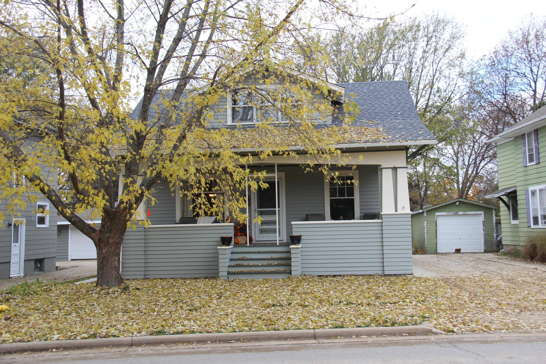 30 Concord Rd, Oconomowoc, Wisconsin 53066, 4 Bedrooms Bedrooms, 8 Rooms Rooms,1 BathroomBathrooms,Single-Family,For Sale,Concord Rd,1621691