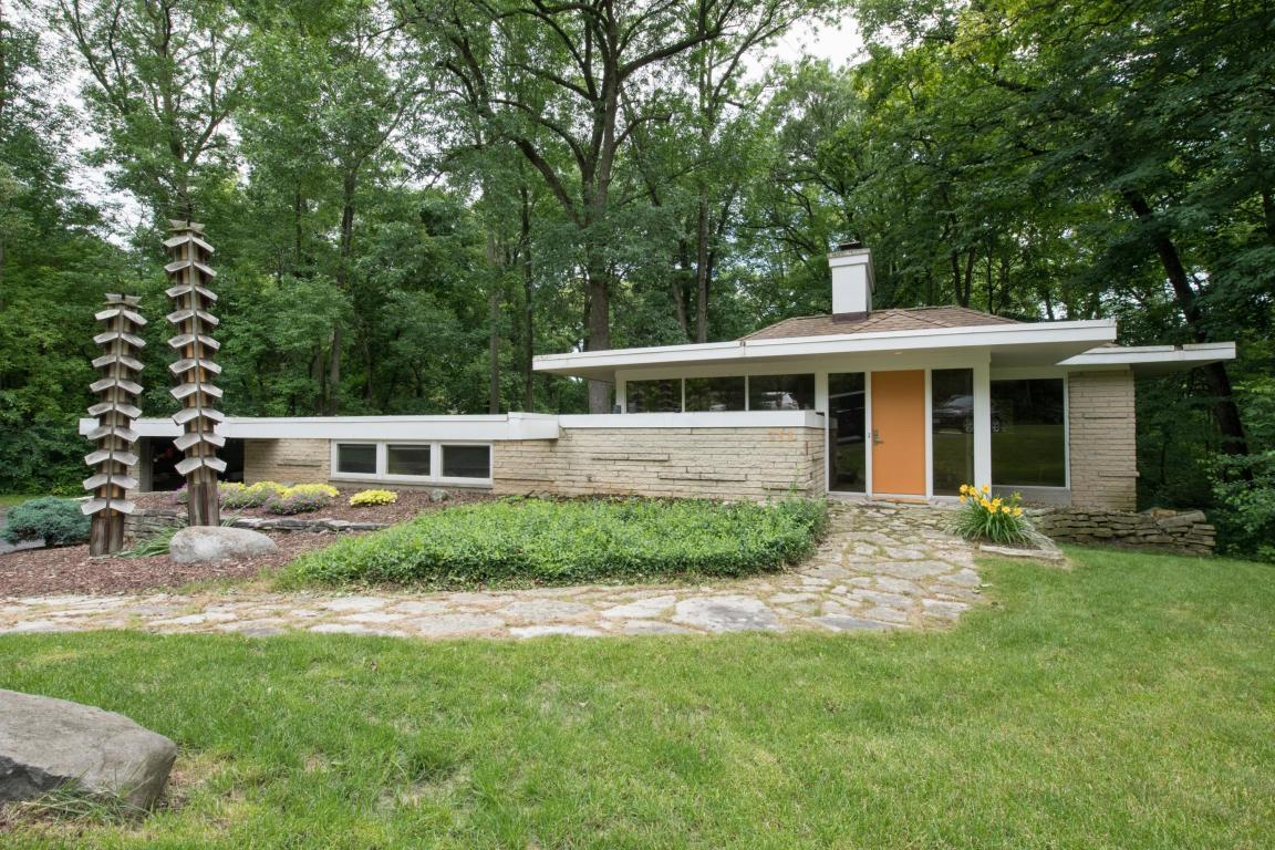735 W Green Tree #Rd River Hills, WI 53217 Property Image