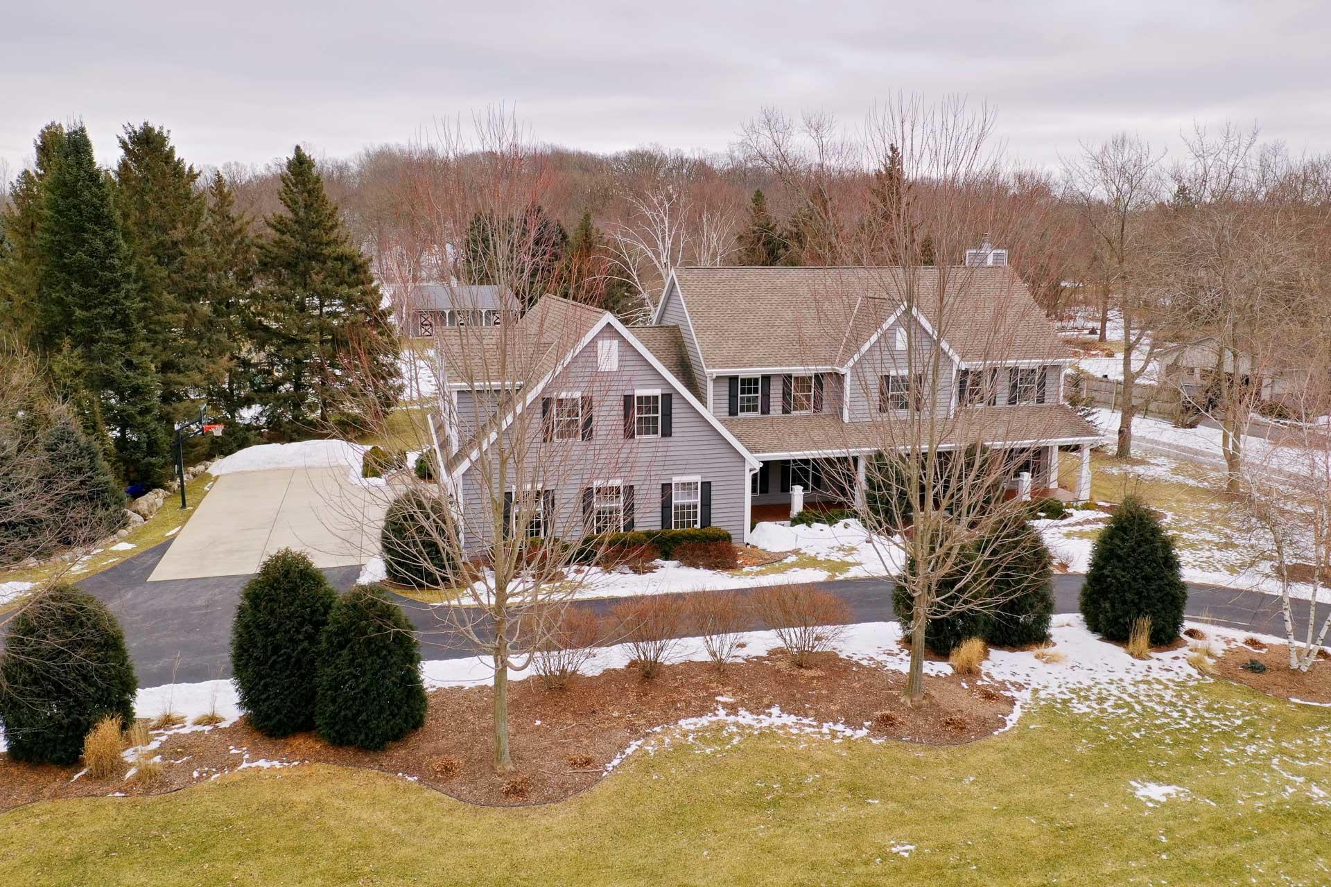 2520 Nagawicka Rd, Delafield, Wisconsin 53029, 4 Bedrooms Bedrooms, 15 Rooms Rooms,4 BathroomsBathrooms,Single-Family,For Sale,Nagawicka Rd,1621785
