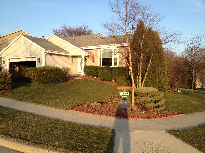1031 Fieldridge Ct, Waukesha, Wisconsin 53188, 3 Bedrooms Bedrooms, 8 Rooms Rooms,2 BathroomsBathrooms,Single-Family,For Sale,Fieldridge Ct,1622034