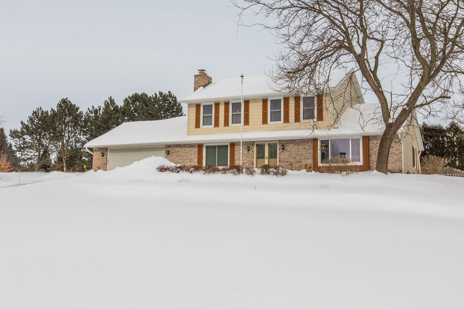 W316N420 Huckleberry Way, Delafield, Wisconsin 53018, 3 Bedrooms Bedrooms, 7 Rooms Rooms,1 BathroomBathrooms,Single-Family,For Sale,Huckleberry Way,1622117