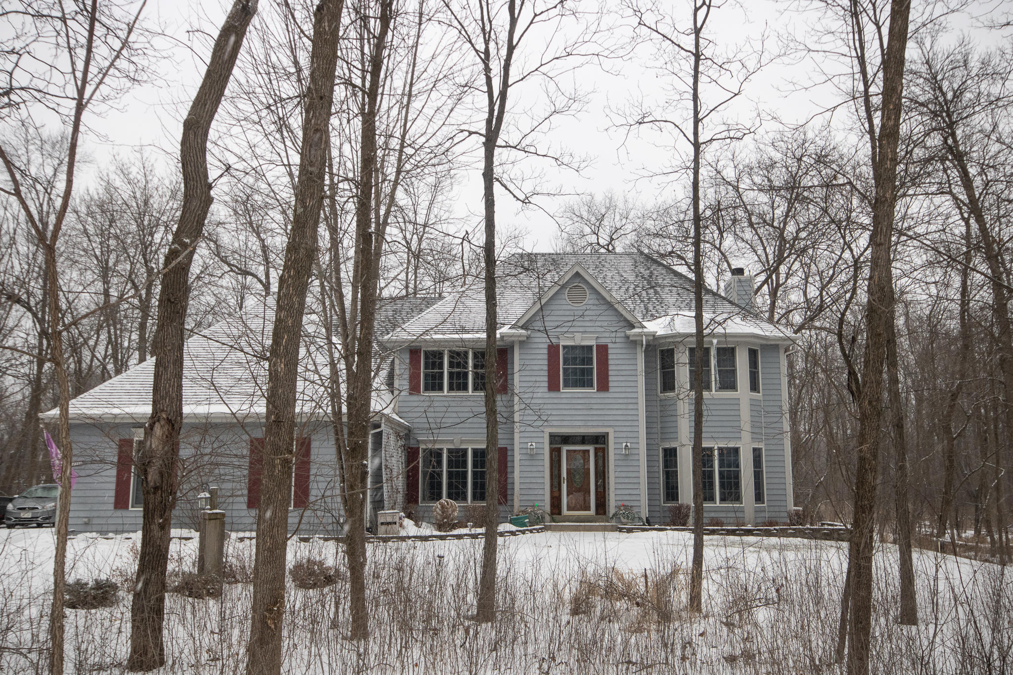 17720 Lucy Cir, Brookfield, Wisconsin 53045, 5 Bedrooms Bedrooms, ,3 BathroomsBathrooms,Single-Family,For Sale,Lucy Cir,1621445