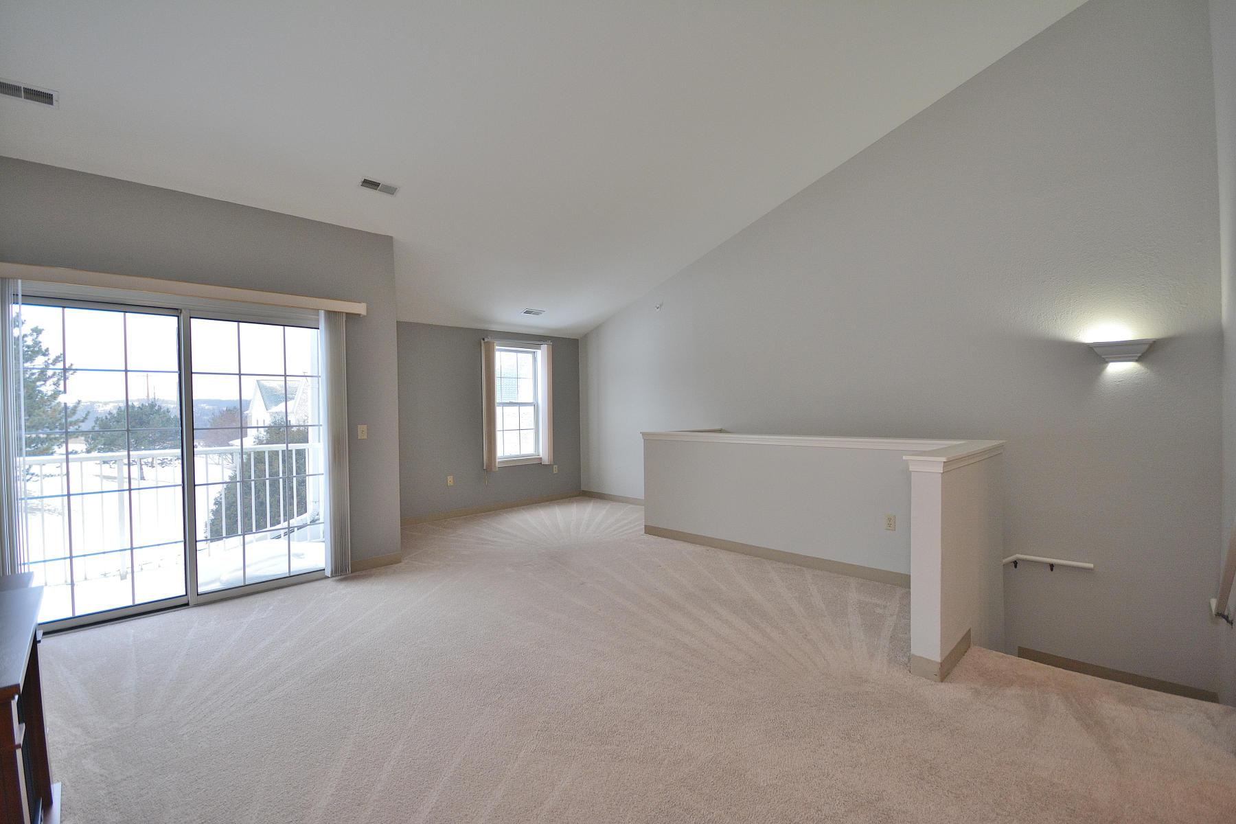 2720 Northview Rd, Waukesha, Wisconsin 53188, 2 Bedrooms Bedrooms, 5 Rooms Rooms,2 BathroomsBathrooms,Condominiums,For Sale,Northview Rd,2,1622477