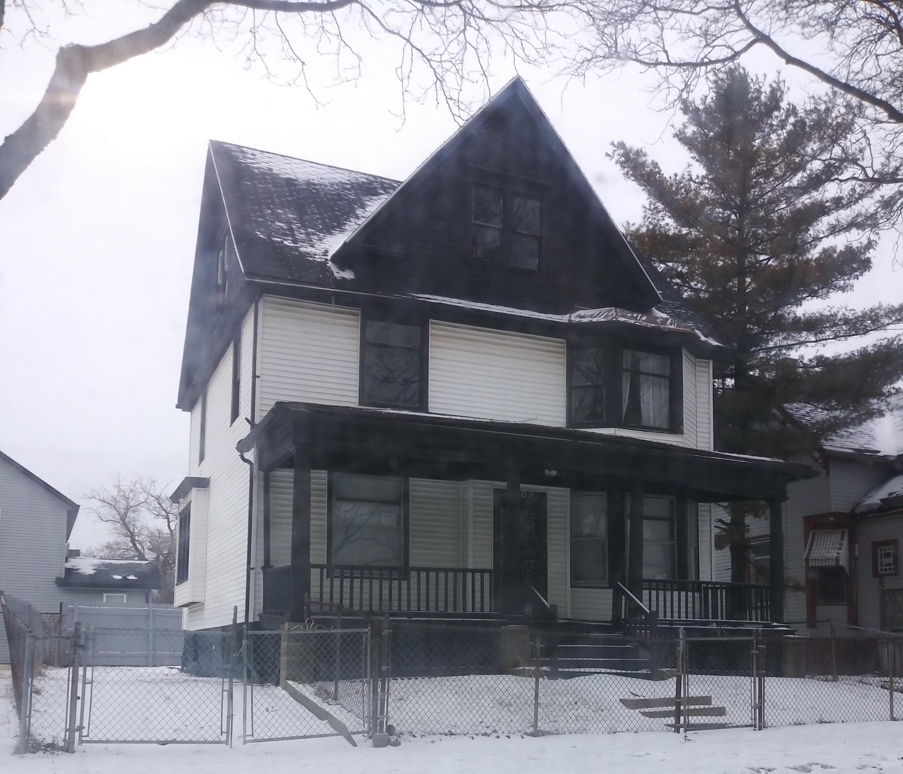 2509 18th St, Milwaukee, Wisconsin 53206, 4 Bedrooms Bedrooms, ,2 BathroomsBathrooms,Single-Family,For Sale,18th St,1622249