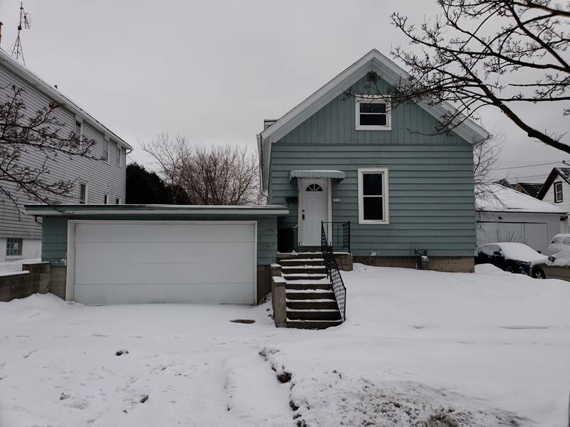 1512 11th St, Sheboygan, Wisconsin 53081, 3 Bedrooms Bedrooms, ,1 BathroomBathrooms,Single-Family,For Sale,11th St,1622476