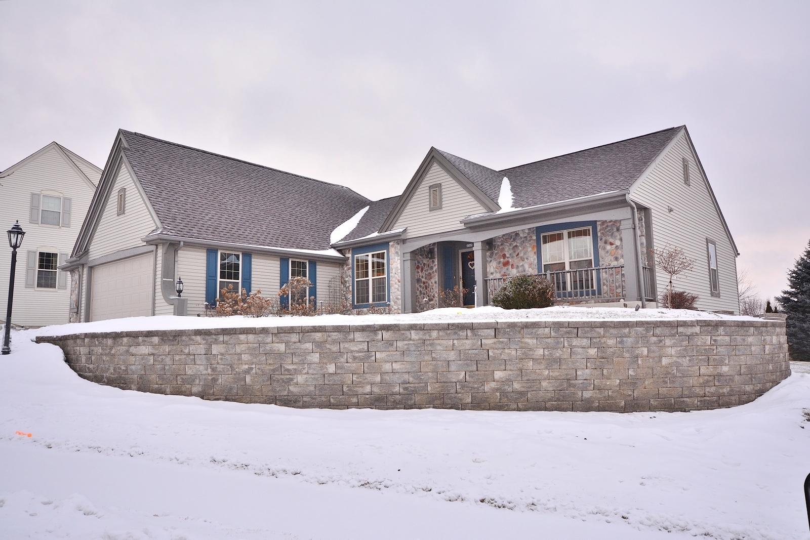 2305 Rickert Dr, Waukesha, Wisconsin 53189, 3 Bedrooms Bedrooms, 8 Rooms Rooms,3 BathroomsBathrooms,Single-Family,For Sale,Rickert Dr,1622387
