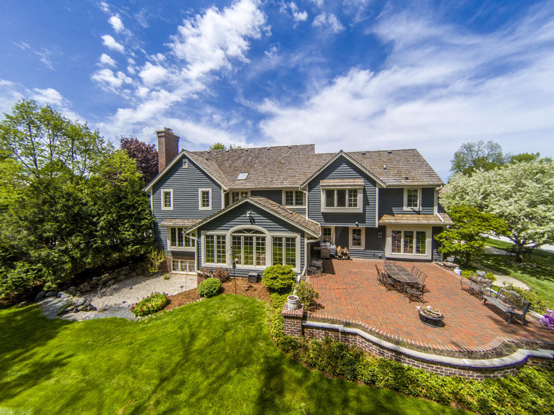 20805 Lincolnshire CT, Brookfield, Wisconsin 53045, 6 Bedrooms Bedrooms, 15 Rooms Rooms,5 BathroomsBathrooms,Single-Family,For Sale,Lincolnshire CT,1622884