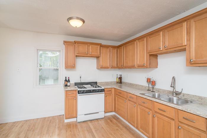 1203 Beechwood Ave, Waukesha, Wisconsin 53186, 2 Bedrooms Bedrooms, 4 Rooms Rooms,1 BathroomBathrooms,Single-Family,For Sale,Beechwood Ave,1622871
