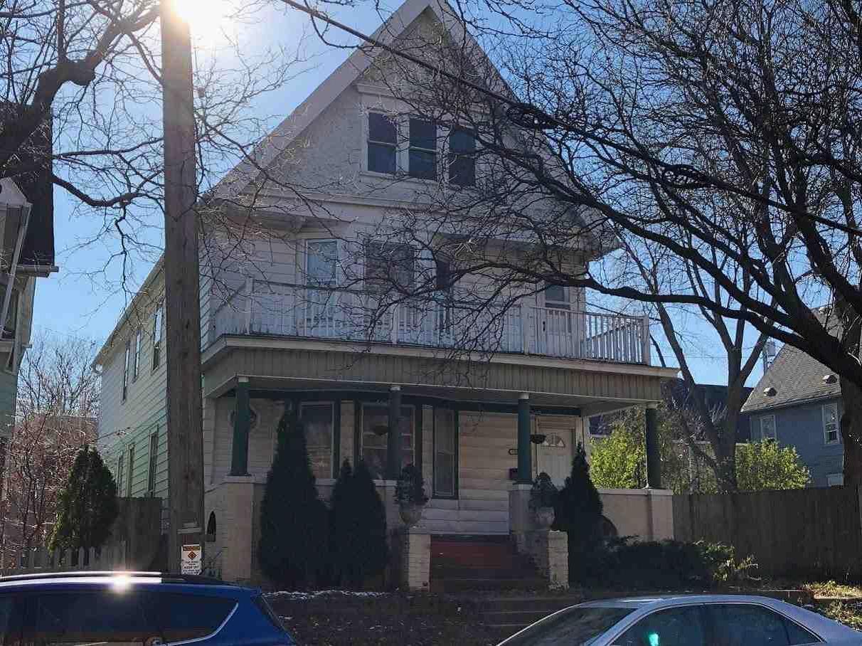 3013 Clybourn St, Milwaukee, Wisconsin 53208, 3 Bedrooms Bedrooms, 5 Rooms Rooms,1 BathroomBathrooms,Two-Family,For Sale,Clybourn St,1,1623335