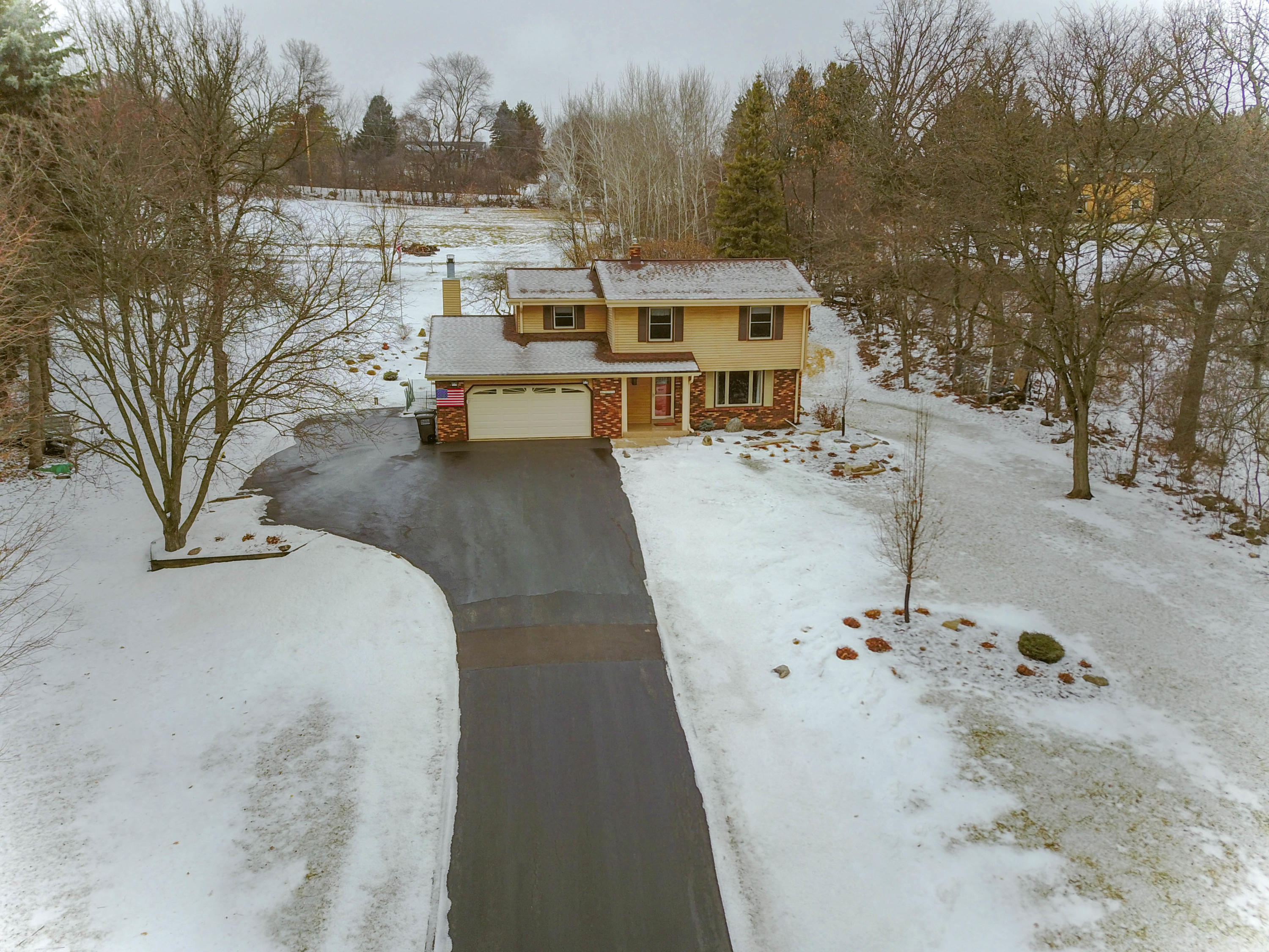 N47W27010 Greenhill Dr, Pewaukee, Wisconsin 53072, 4 Bedrooms Bedrooms, 8 Rooms Rooms,1 BathroomBathrooms,Single-Family,For Sale,Greenhill Dr,1623486