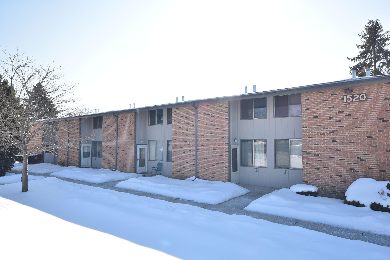 1520 Big Bend Rd, Waukesha, Wisconsin 53189, 3 Bedrooms Bedrooms, ,1 BathroomBathrooms,Condominiums,For Sale,Big Bend Rd,1,1624054