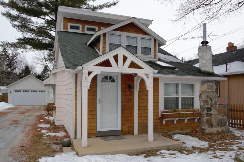 W348N5141 Elm Ave, Oconomowoc, Wisconsin 53069, 1 Bedroom Bedrooms, 5 Rooms Rooms,1 BathroomBathrooms,Single-Family,For Sale,Elm Ave,1623955