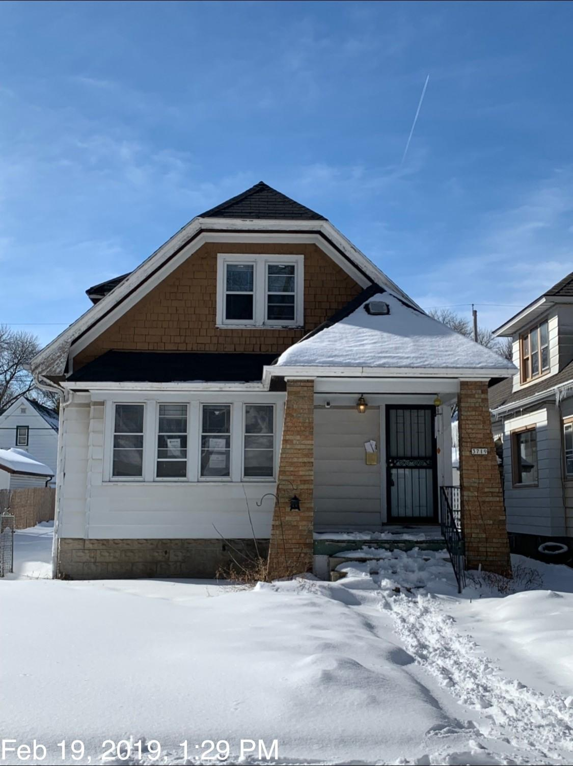 3719 37th St, Milwaukee, Wisconsin 53216, 4 Bedrooms Bedrooms, ,2 BathroomsBathrooms,Single-Family,For Sale,37th St,1624392